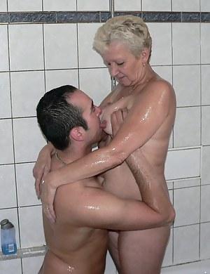 Free MILF Tit Sucking Porn Pictures
