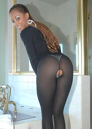 Free Black MILF Porn Pictures